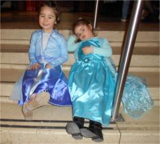 A kishercegnők kissé elfáradtak