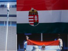 A zászlórúd üres, de a magyar zászlót méltósággal tartják a Szent Erzsébet Nőegylet tagjai