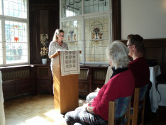 Az olvasmányt és az egyetemes könyörgéseket Wachsmuth Tünde, az Innsbrucki Magyar Római Katolikus Egyházközség világi elnöke olvasta