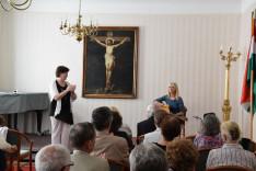 Géczi Erika ismert dalokat énekelt – Csibi Krisztinának a Magyar szív című Örökség-dal szólt