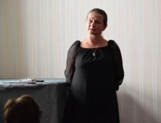 Zorkóczy Zenóbia kovásznai színművész Dalol a honvágy című Wass Albert-műsorát adta elő
