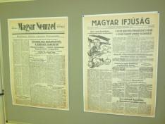 """""""1956 a sajtóban"""" című kiállítás"""