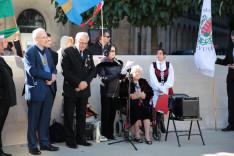 Szakály Éva néni verse angol nyelven is elhangzott: Sandra Hestan megindító előadásában