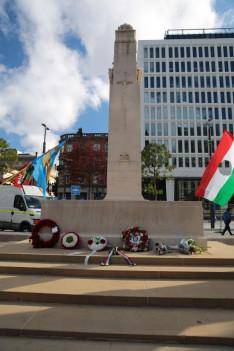 Magyar koszorúk az Ismeretlen katona emlékművénél