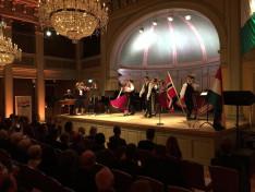 A Duna Folk Band és a Csillagszemű Táncegyüttes bemutatója