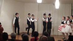 Második állomás: táncbemutató és táncház