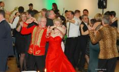 A bál során mindenki kedvére táncolhatott