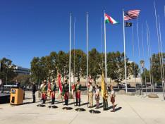 Magasba emelkednek a zászlók