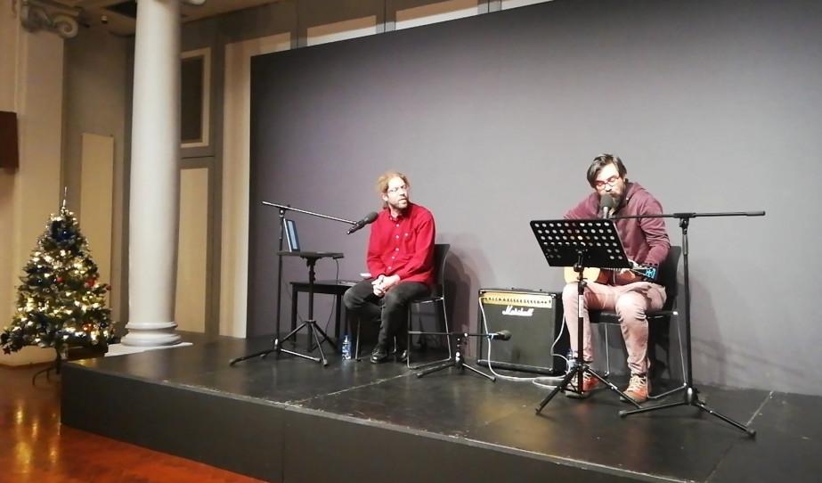 Varró Dániel és Molnár György verses-zenés estje Párizsban