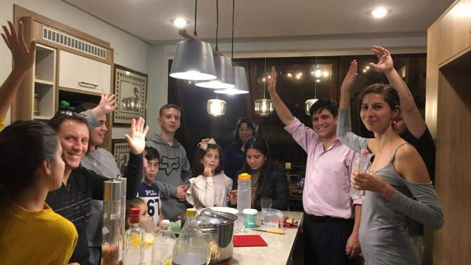 Közös főzés Paraguayban magyar ételekkel