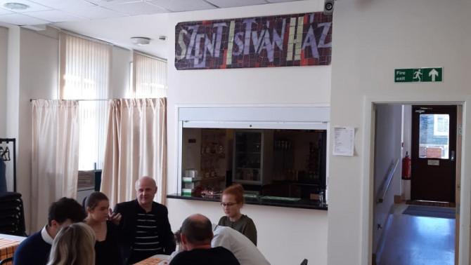 Vasárnapi mise, közös ebéd és ARKME közgyűlés a Szent István Házban