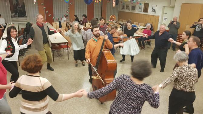 Farsangi táncház Hagenben