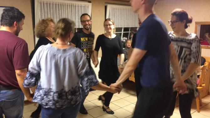 Amikor még lehetett együtt táncolni