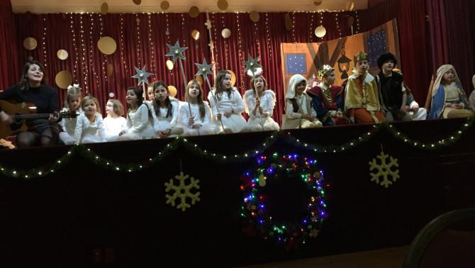 Karácsonyi Műsor Windsorban