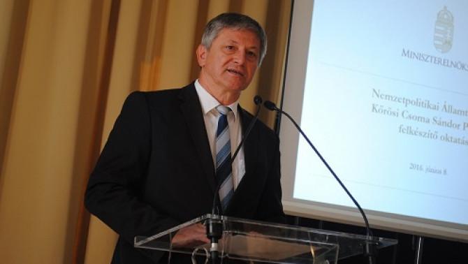 dr. Grezsa István - kormánybiztros