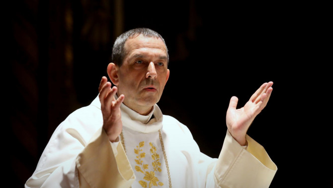 Varga János rektor atya