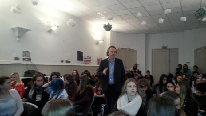 Pierre Vasarely előadást tart