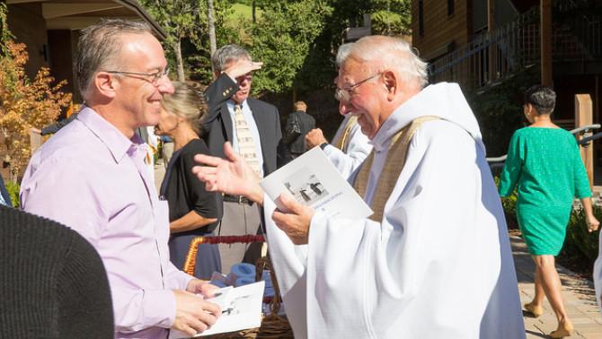 Ünnepi istentisztelet, 60 éves a Woodside Priory iskola