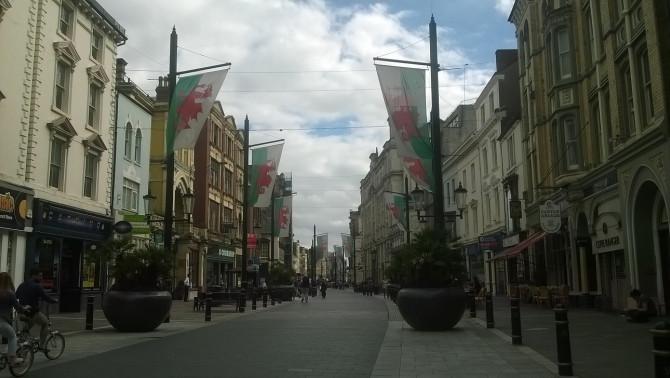 a piros-fehér-zöld utca
