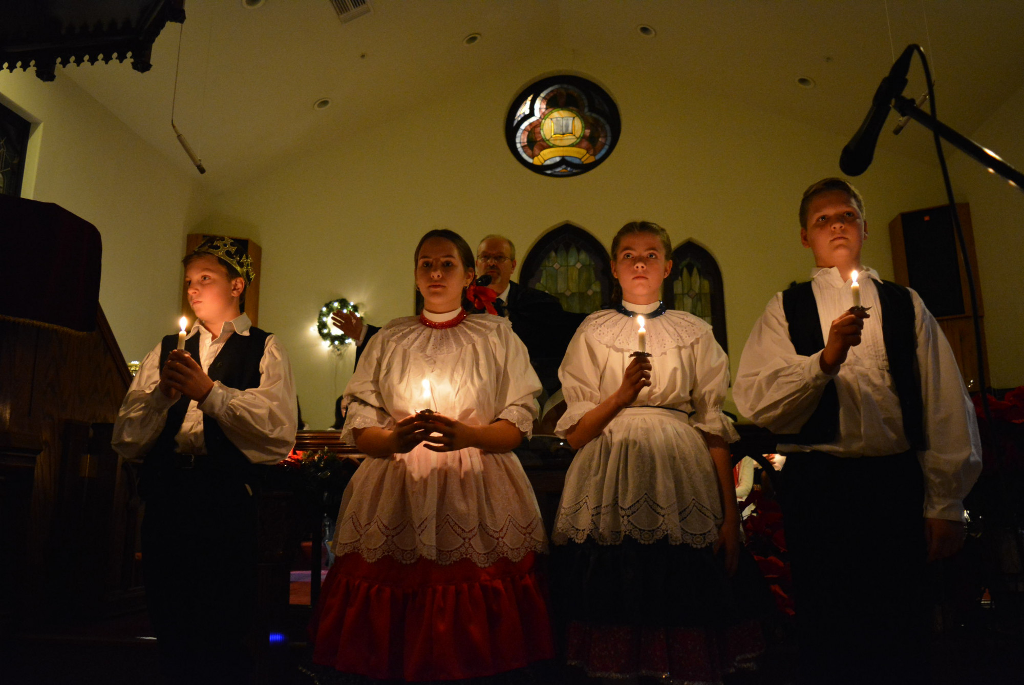 Gyertyafényes Istentisztelet és karácsonyi műsor (Los Angeles)
